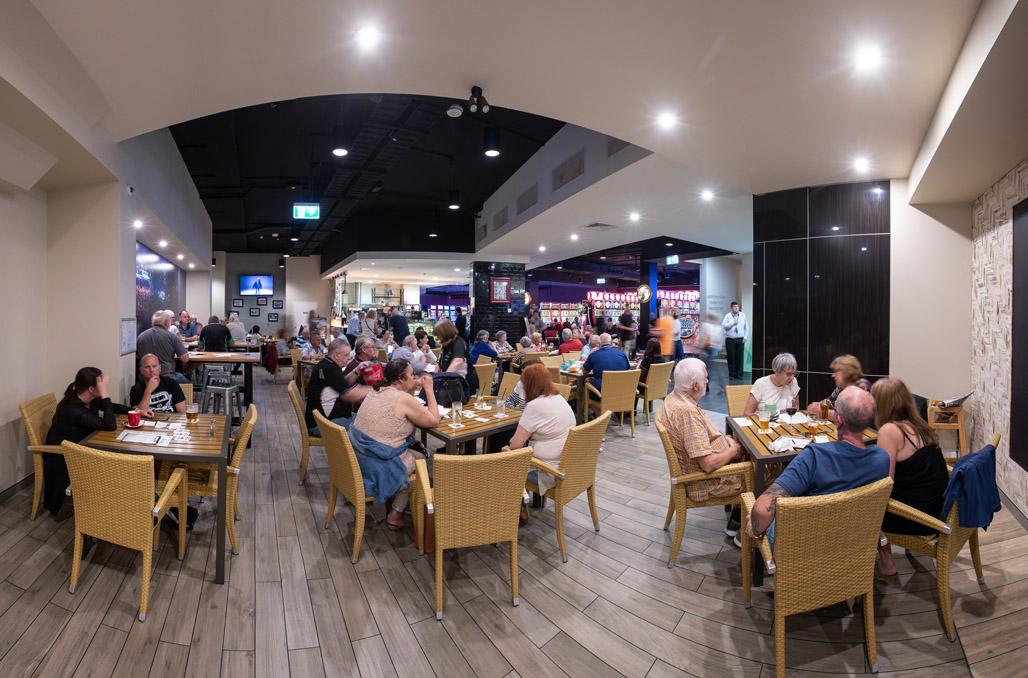 4211 Cafe Bar Nerang RSL